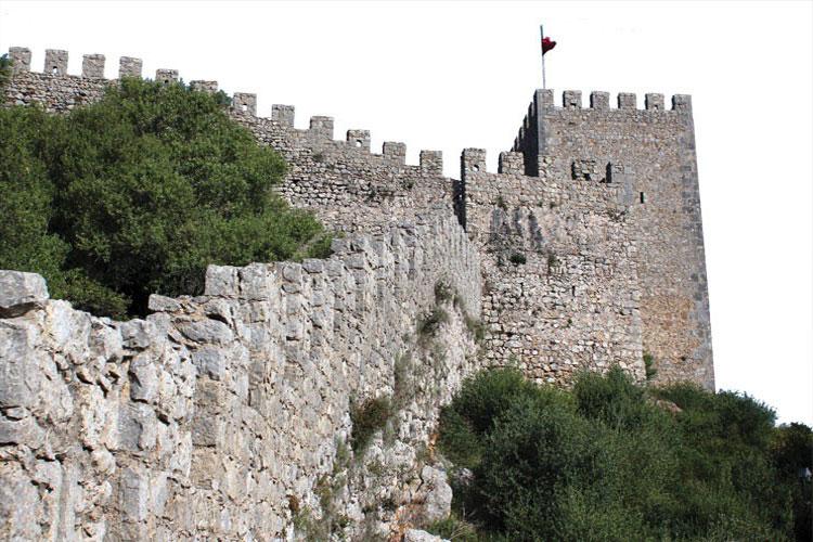 À Descoberta dos Segredos do Castelo de Sesimbra